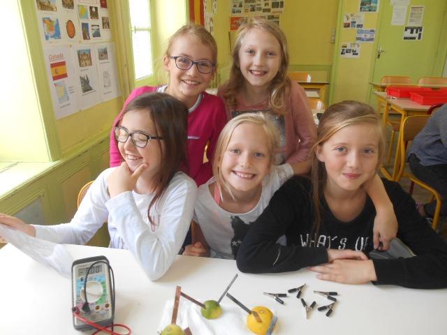 Ateliers sciences CM2 école Notre-Dame Enclos